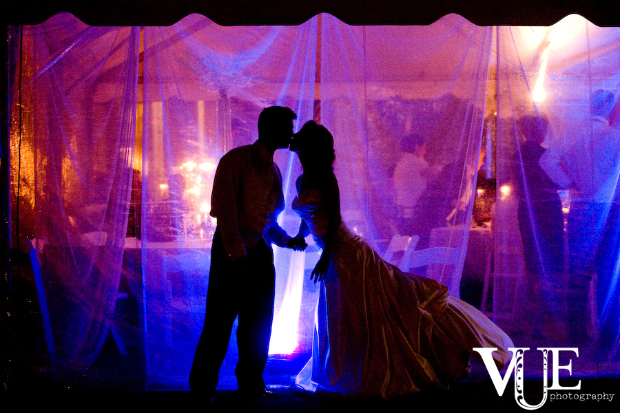Brilliant lighting, amazing photography skills and a picture-perfect couple make this an extraordinary evening.