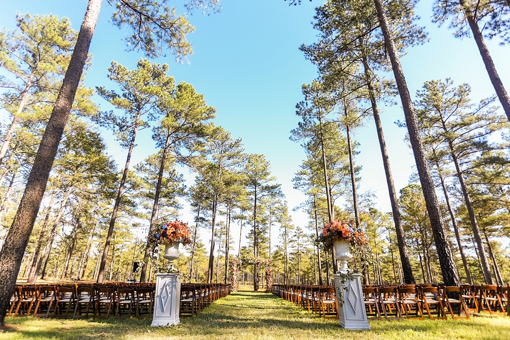 farm-wedding-healey-preserve-toast-events-jackson-durham-vue-photography0037