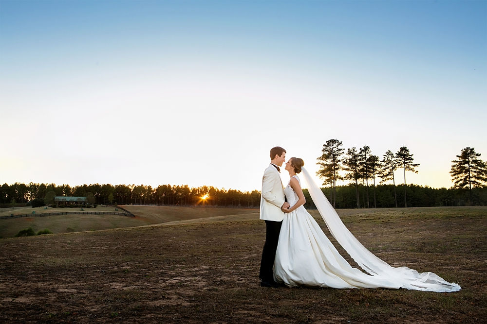 farm-wedding-healey-preserve-toast-events-jackson-durham-vue-photography0071