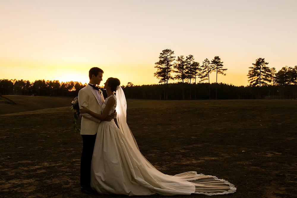 farm-wedding-healey-preserve-toast-events-jackson-durham-vue-photography0089
