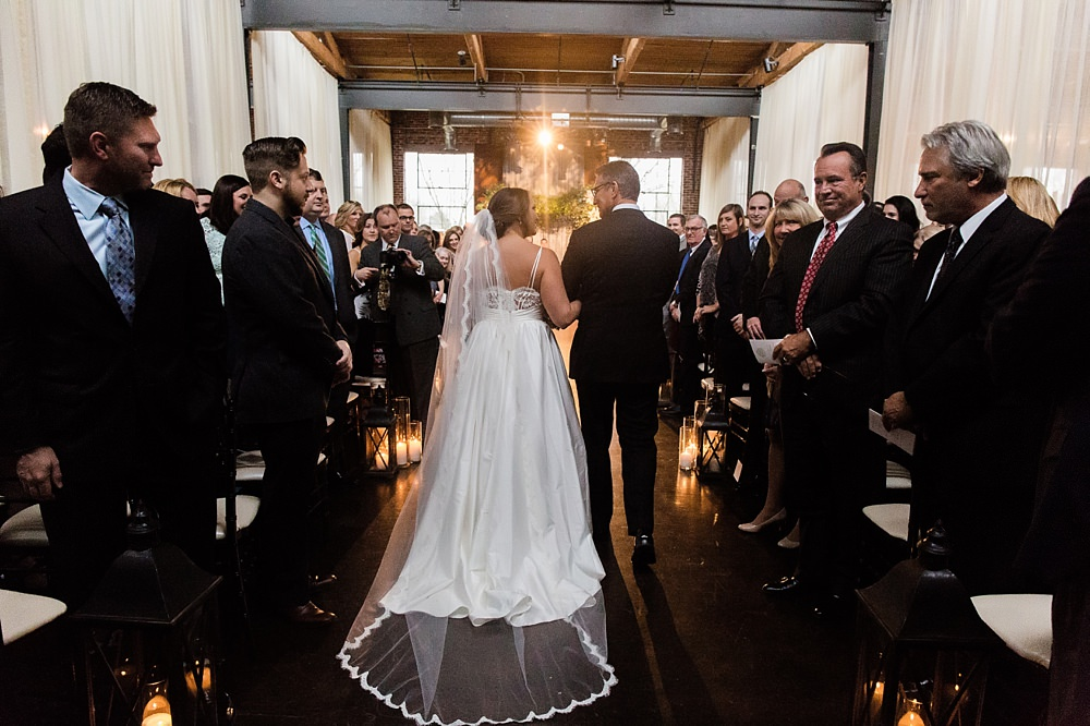 the foundry at puritan mill wedding : toast events: andy beach : vue photography0039