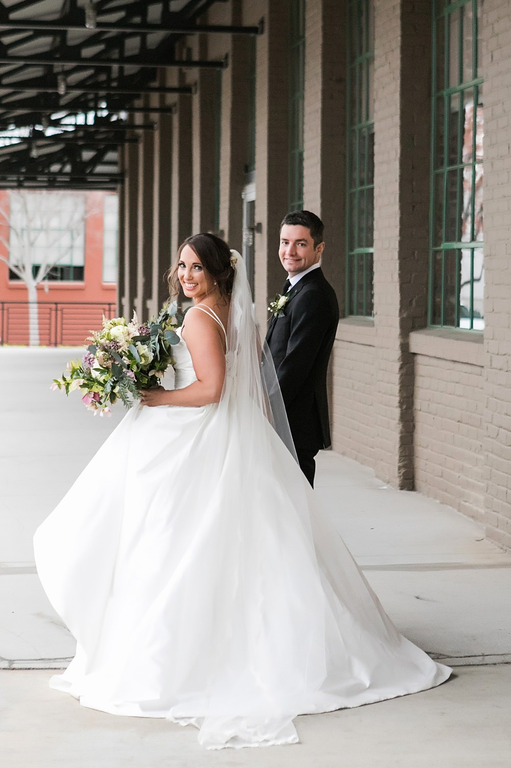 the foundry at puritan mill wedding : toast events: andy beach : vue photography0054