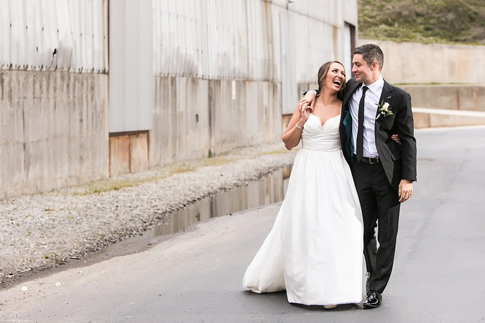 the foundry at puritan mill wedding : toast events: andy beach : vue photography0057