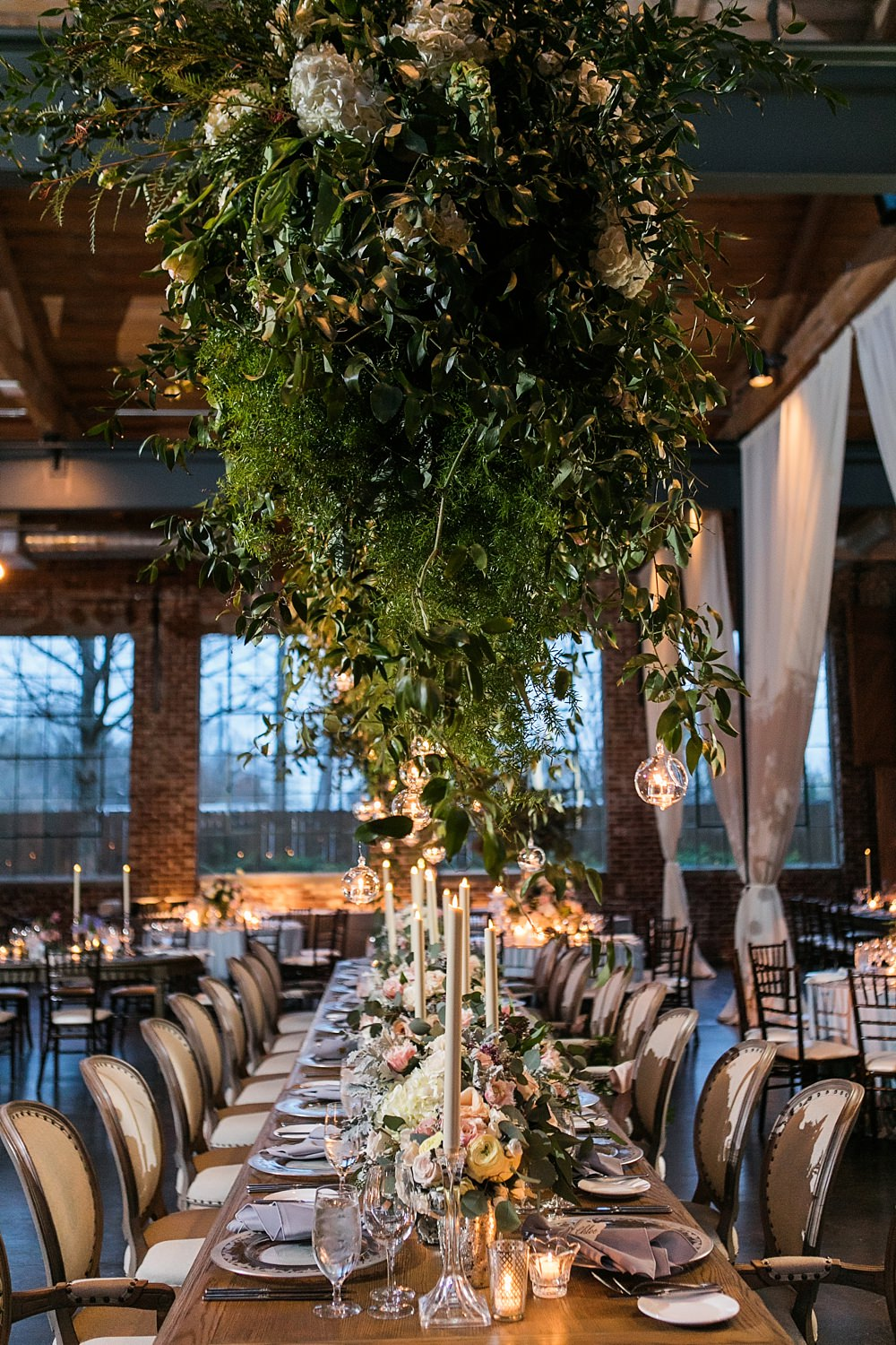 the foundry at puritan mill wedding : toast events: andy beach : vue photography0076