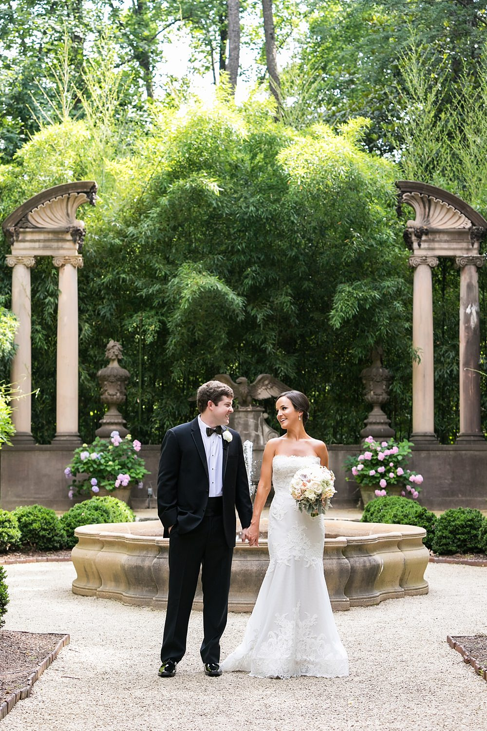 swan house : atlanta history center wedding : toast events : vue photography0027