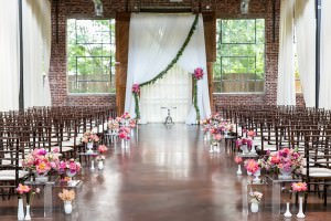 the foundry at puritan mill wedding : atlanta wedding : vue photography : amanda jewel floral and design : three little birds weddings0041