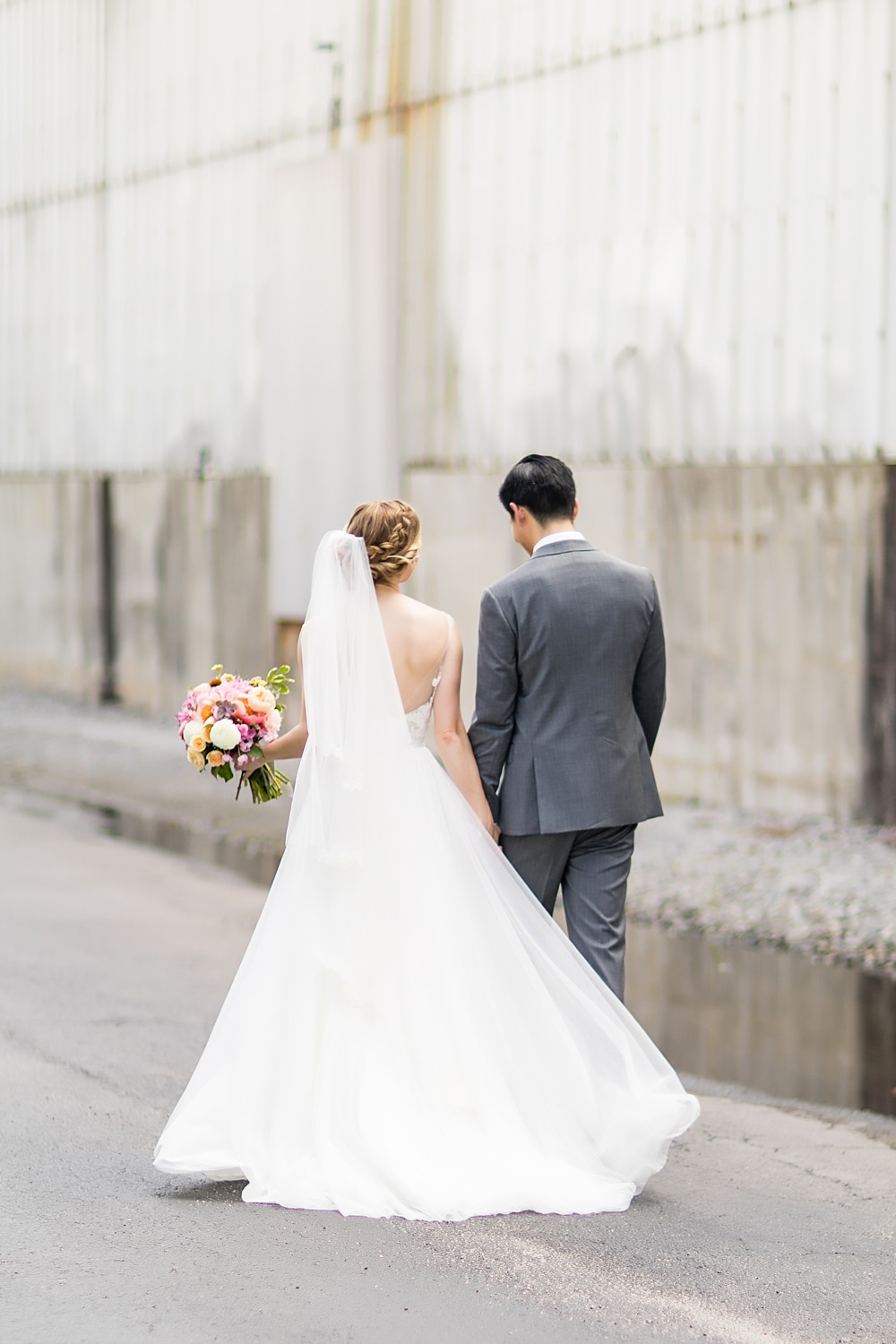 the foundry at puritan mill wedding : atlanta wedding : vue photography : amanda jewel floral and design : three little birds weddings0042