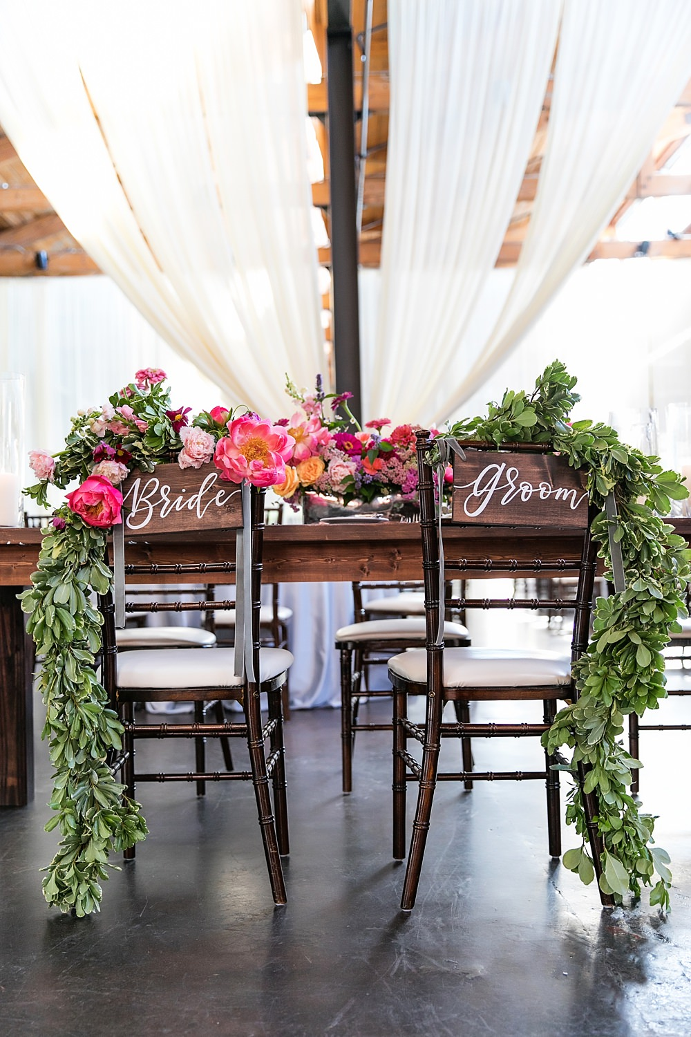 the foundry at puritan mill wedding : atlanta wedding : vue photography : amanda jewel floral and design : three little birds weddings0077