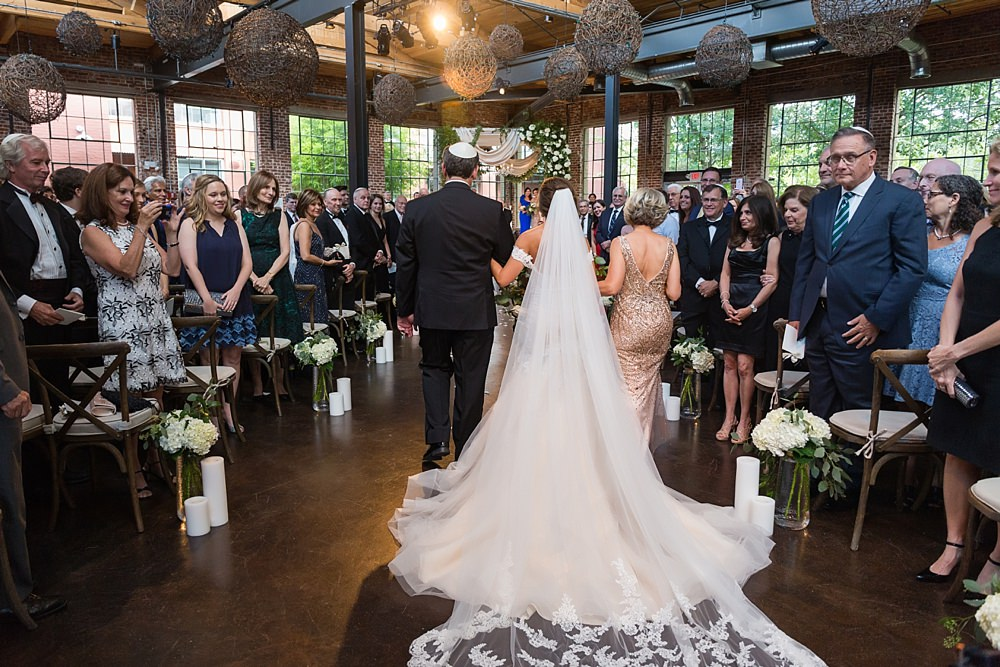 the foundry at puritan mill wedding : suzanne reinhard events : legendary events : vue photography : added touch catering0051