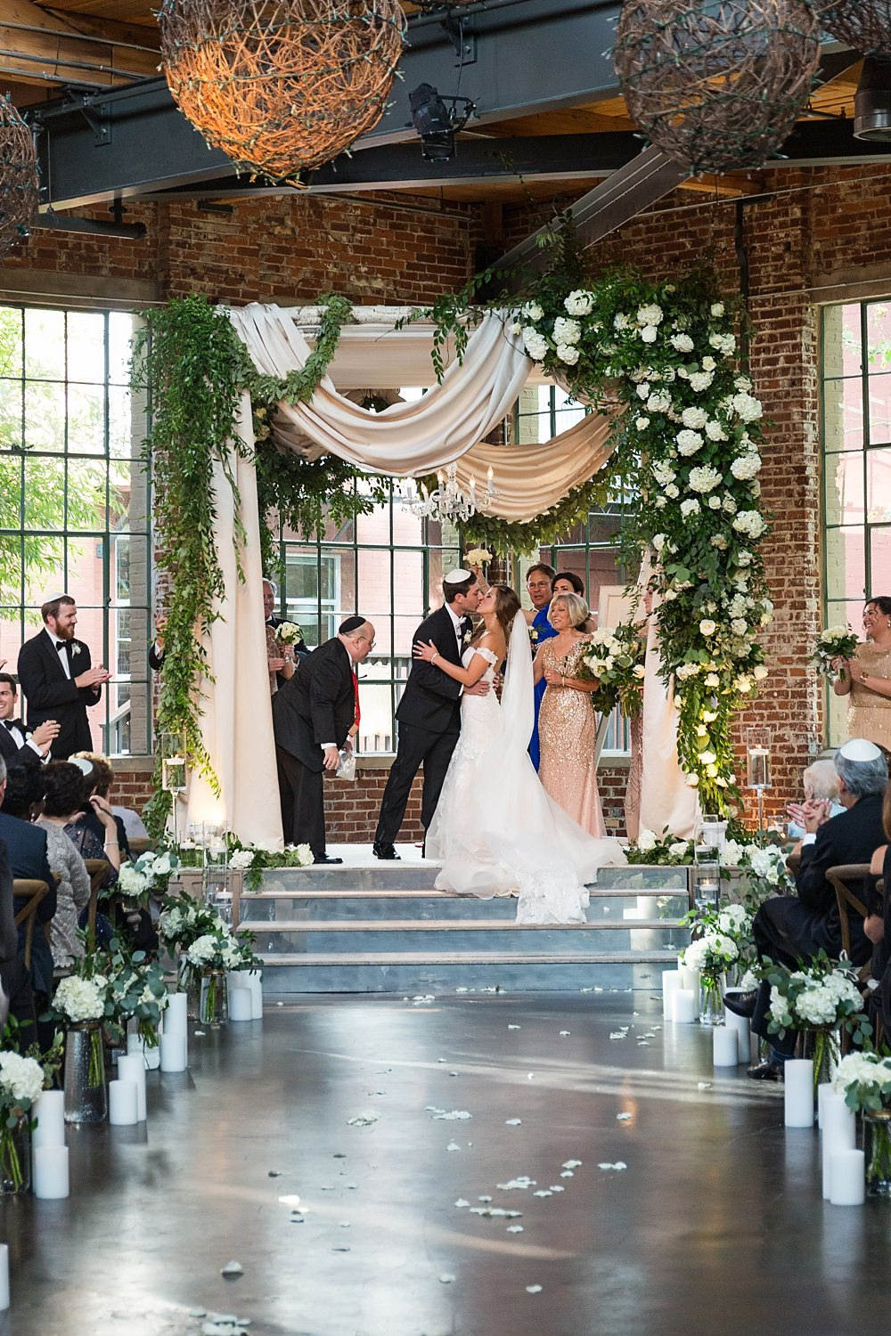 the foundry at puritan mill wedding : suzanne reinhard events : legendary events : vue photography : added touch catering0061