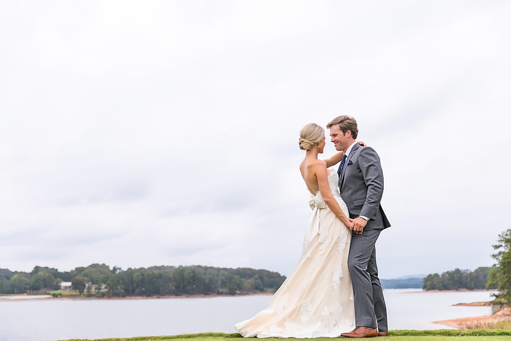 lake lanier wedding : we tie the knots : vue photography : boukates 0032