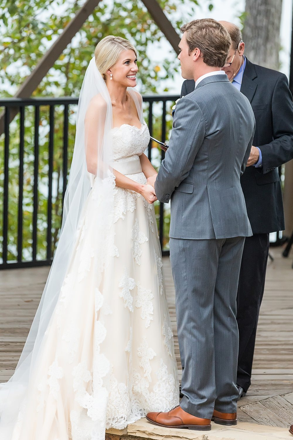 lake lanier wedding : we tie the knots : vue photography : boukates 0046