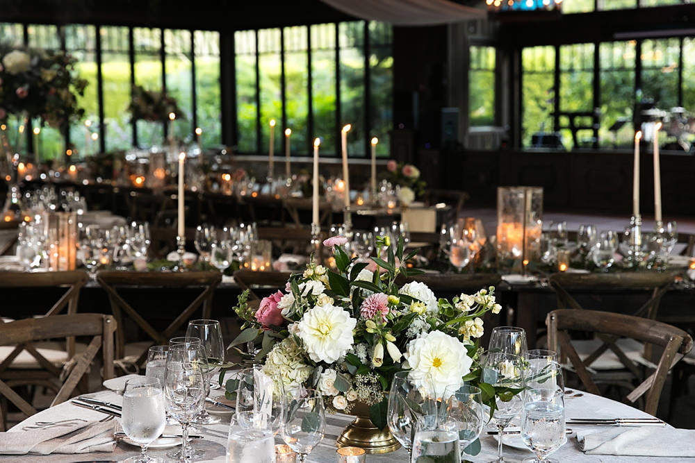 the farm at old edwards : wedding : half mile farm by old edwards : floressence flowers : honey darling events : vue photography : elizabeth and jon0070