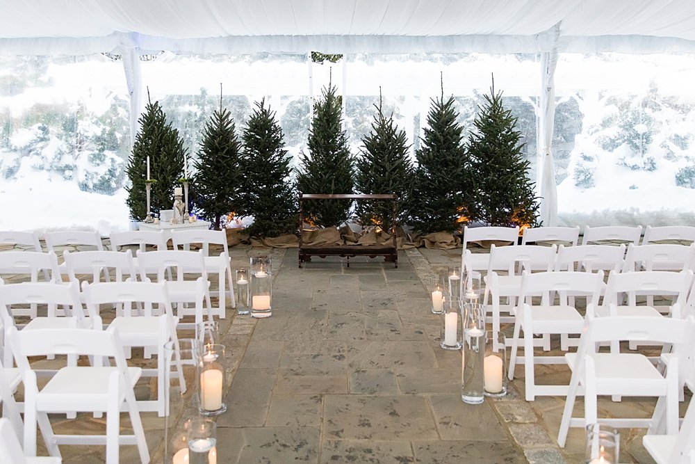 snowy wedding : highlands north carolina : the farm at old edwards : floressense flowers : vue photography (34)