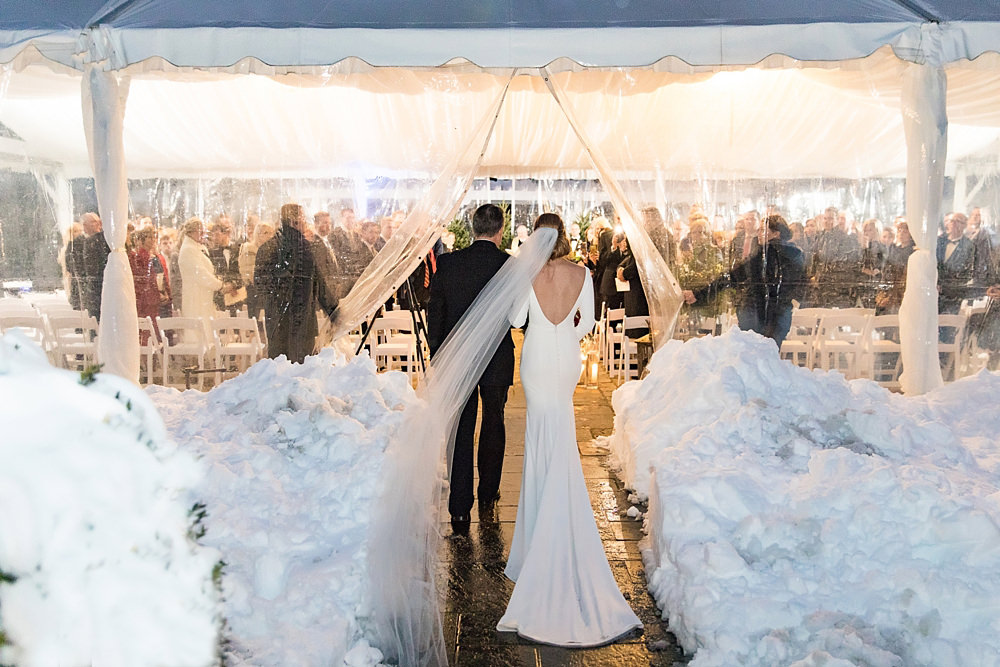 snowy wedding : highlands north carolina : the farm at old edwards : floressense flowers : vue photography (42)
