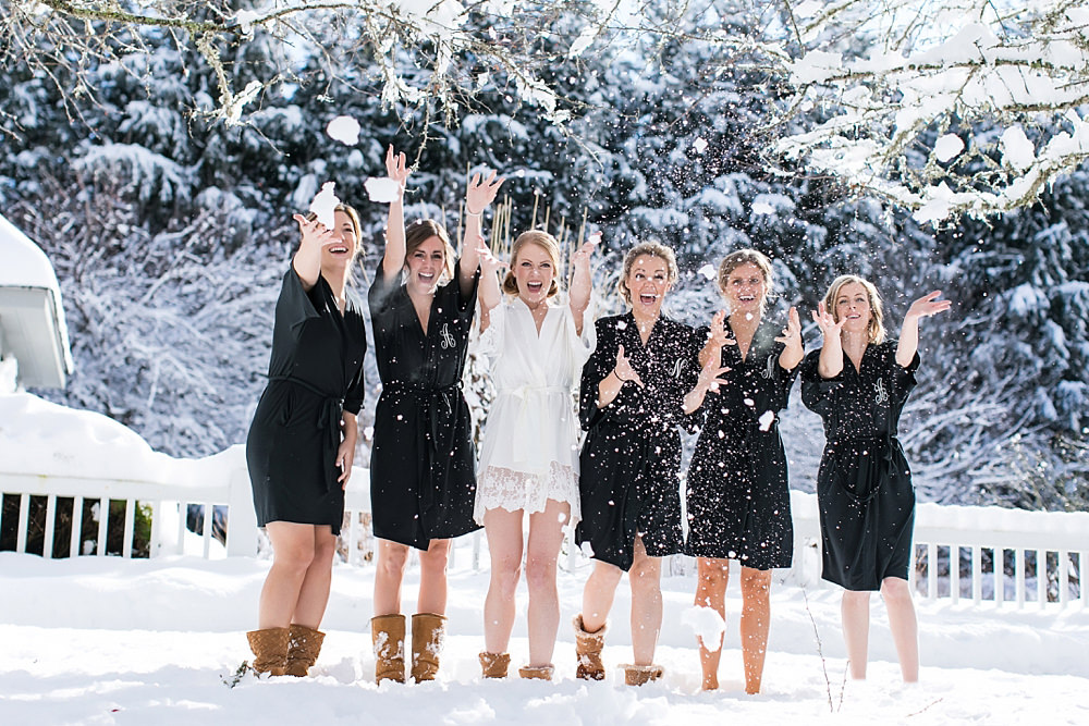 snowy wedding : highlands north carolina : the farm at old edwards : floressense flowers : vue photography