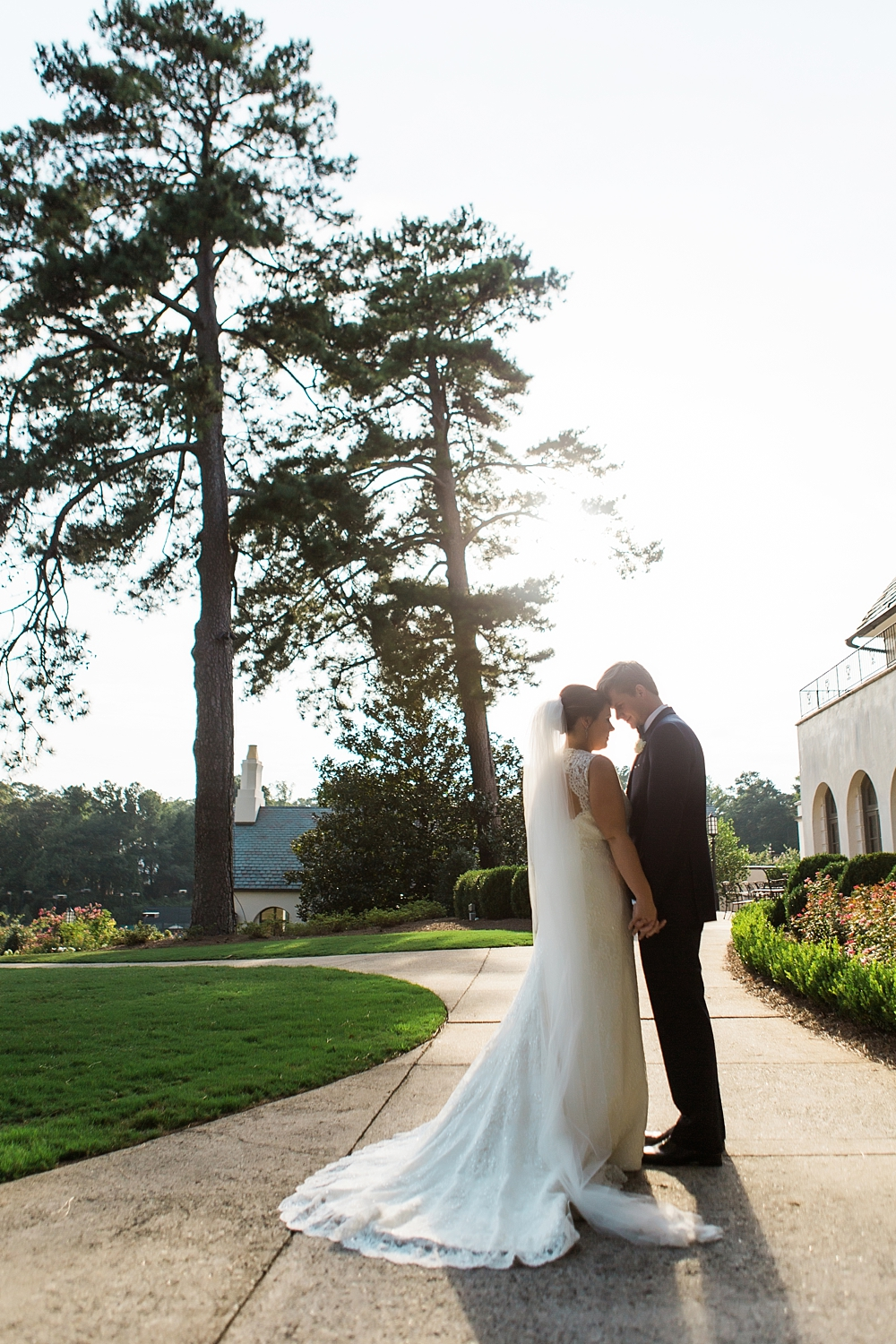 cherokee town and country club wedding : toast events : edge design group0053