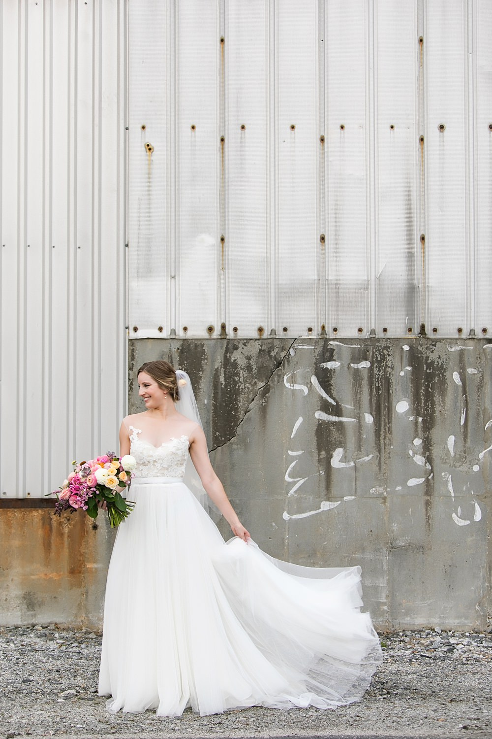 the foundry at puritan mill wedding : atlanta wedding : vue photography : amanda jewel floral and design : three little birds weddings0030