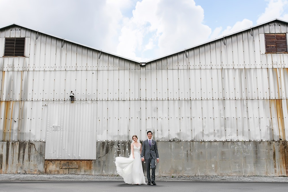 the foundry at puritan mill wedding : atlanta wedding : vue photography : amanda jewel floral and design : three little birds weddings0032